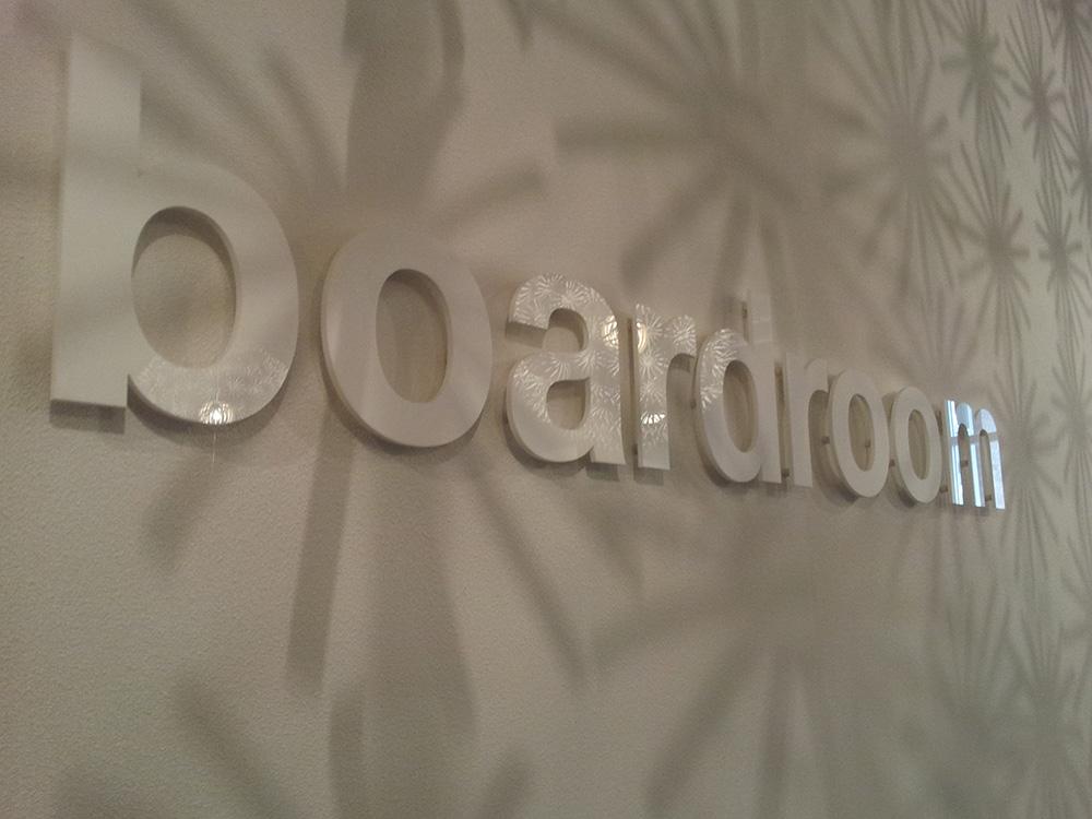Boardroom Spinnerij Oosterveld belettering